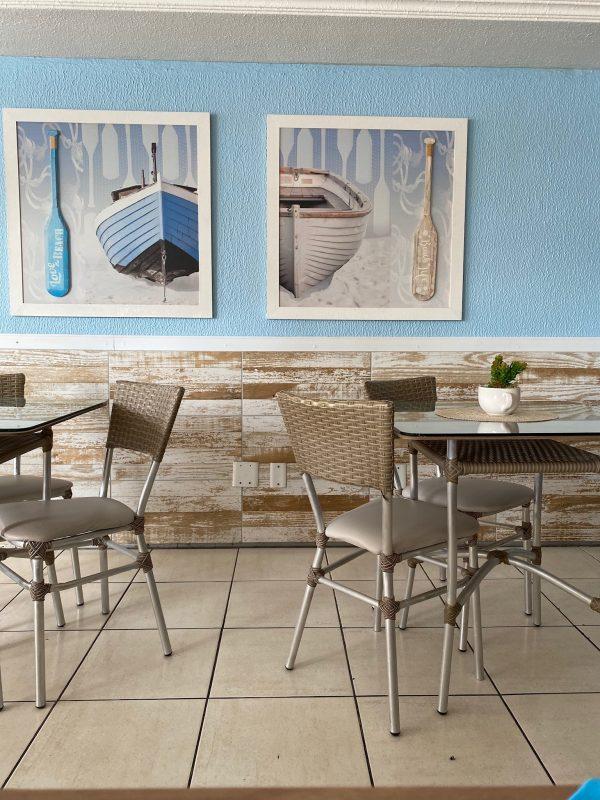 Espaço de refeições do Hotel Casa de Praia